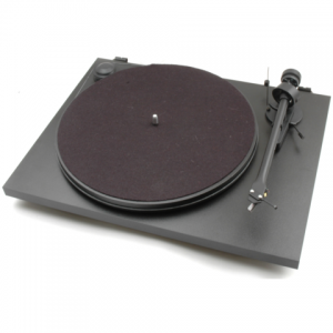 Pro-Ject Essential II Turntable - Home Control and Audio